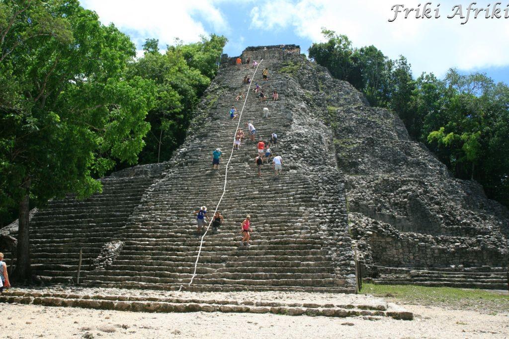 Piramida w Coba
