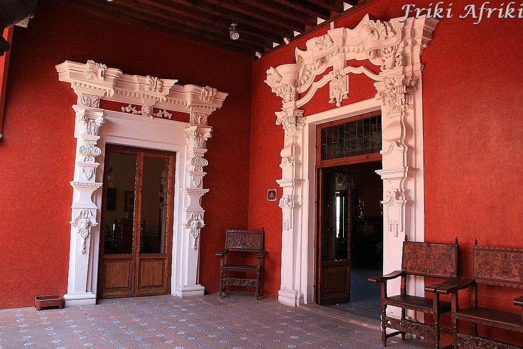Gzymsy wyglądające jak z marcepanu, Puebla
