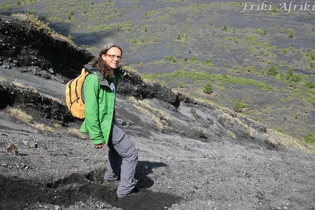 Zejście po kostki (albo i bardziej) w pyle wulkanicznym