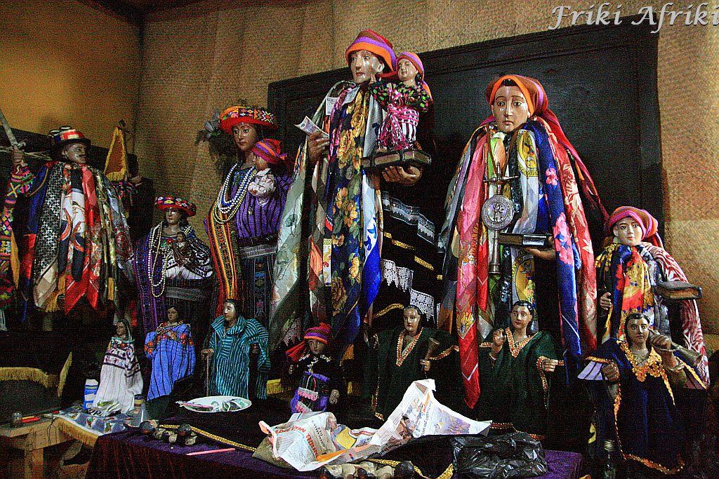 Święty Antoni i spółka u Maximona - Santiago Atitlan
