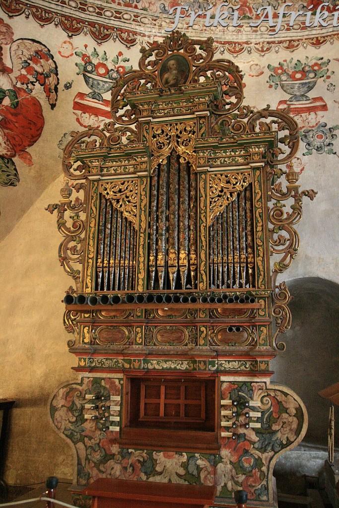 XVII wieczne organy w kościele dominikańskim w Tlacochauayi