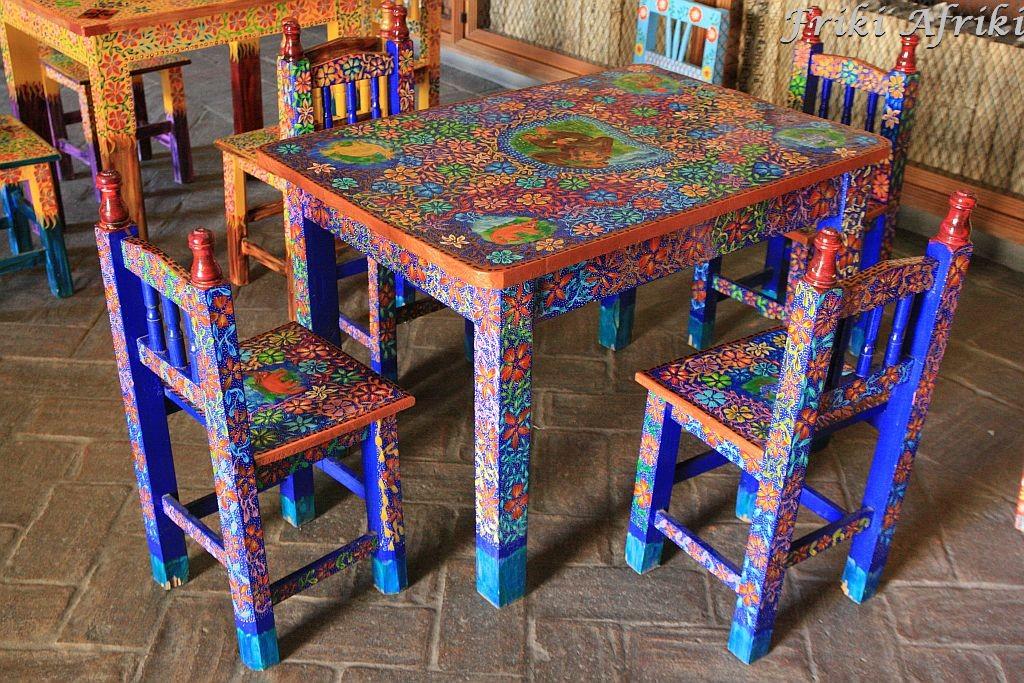 Kolorowe stoły - też będziemy  kiedys taki mieć ;-)