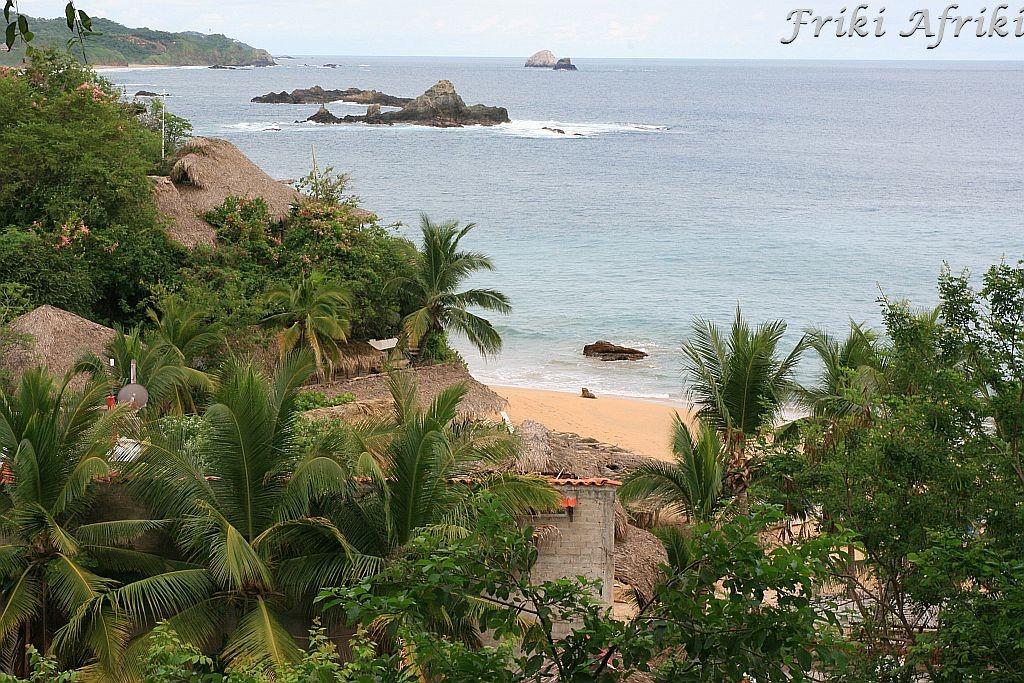 Nasza pierwsza kwatera w Mazunte z widokiem na plażę