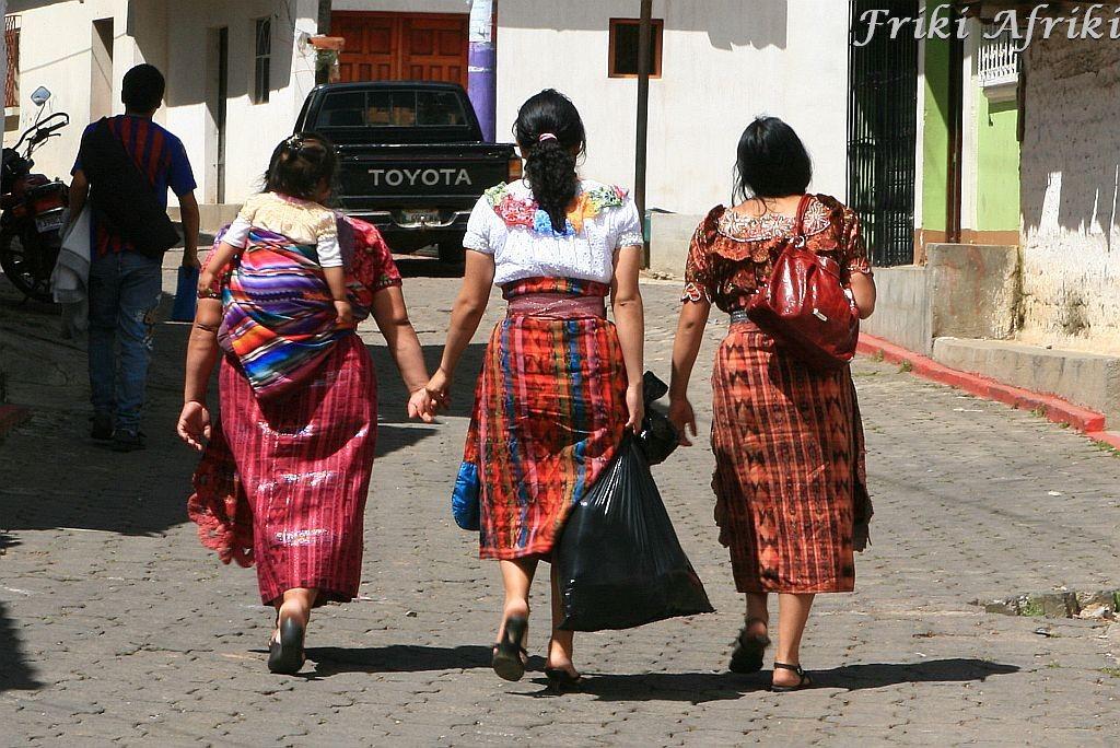 Majowie w San Andres Xecul, Gwatemala