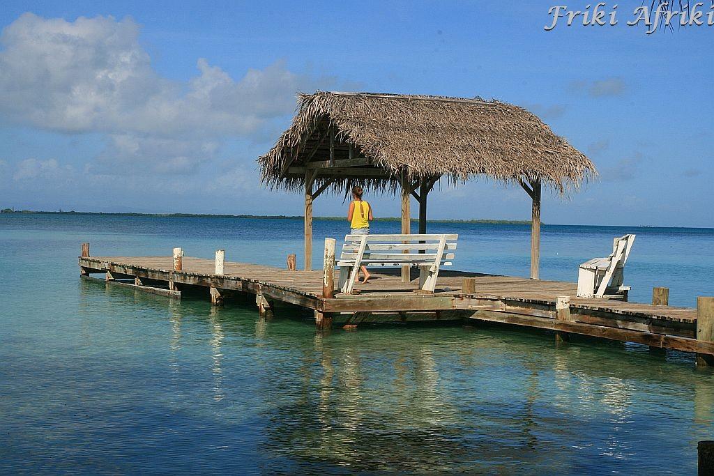 Nad Morzem Karaibskim, Belize