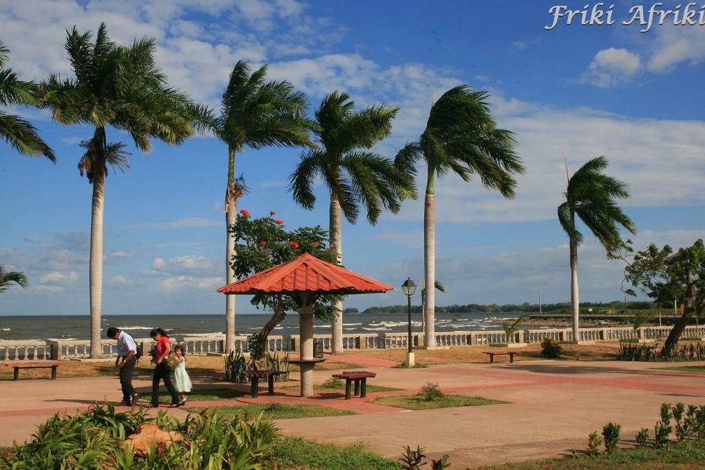 Nad brzegiem Jeziora Nikaragua