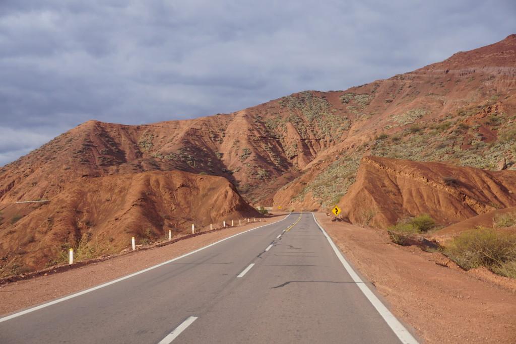 Północna Argentyna, choć piękna, to jednak nie Patagonia. Uczucie wolności podczas bycia w drodze - Bezcenne!